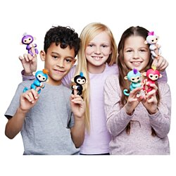 WowWee Fingerlings Interactive Baby Monkey Toy