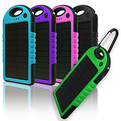 5,000mAh Water-Resistant Solar Smartphone Charger -colores