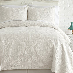 3-Piece Embroidered quilt set