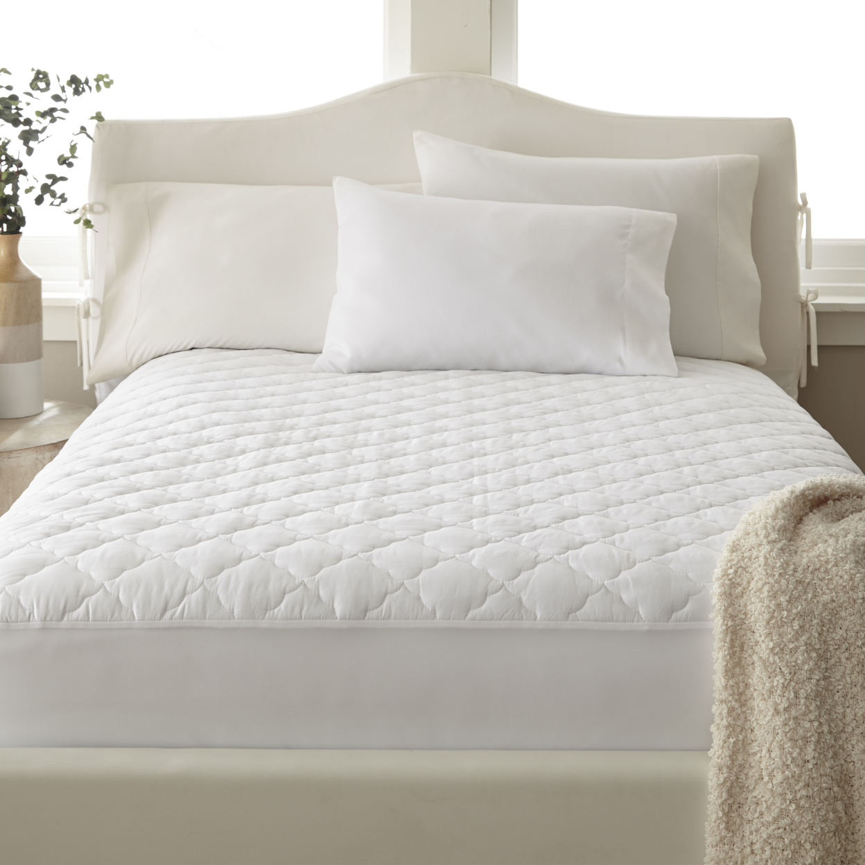 400 Thread Count 100% Cotton Solid Quilted Mattress Pad