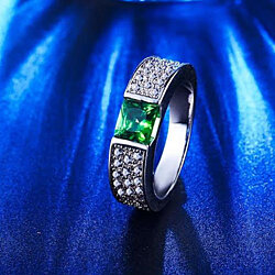 Gorgeous Emerald Green Embedded Cubic Zirconia White Gold Plated Ring
