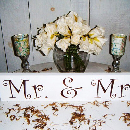 Buy Mr Amp Mrs Wedding Table Sign Mr And Mrs Sweetheart