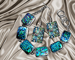 Amazing Abalone Shell Bracelet and Earrings Set