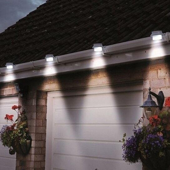 Buy 4 pack solar powered gutter led lights by catchy for Lighting packages for new homes