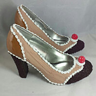 Caramel Chocolate Crunch Shoes Size 10