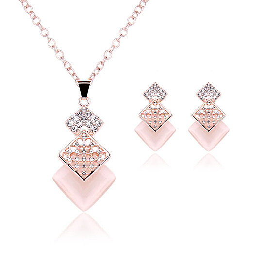 Buy Triple Diamond Necklace   Earring Set by Center Link Media on OpenSky b8b2f1fa97