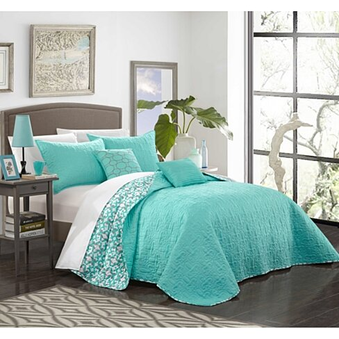 Chic Home 5 Piece Nalla Quilted Flor De Lis Patterned REVERSIBLE Printed Quilt Set, Shams and Decorative Pillows included