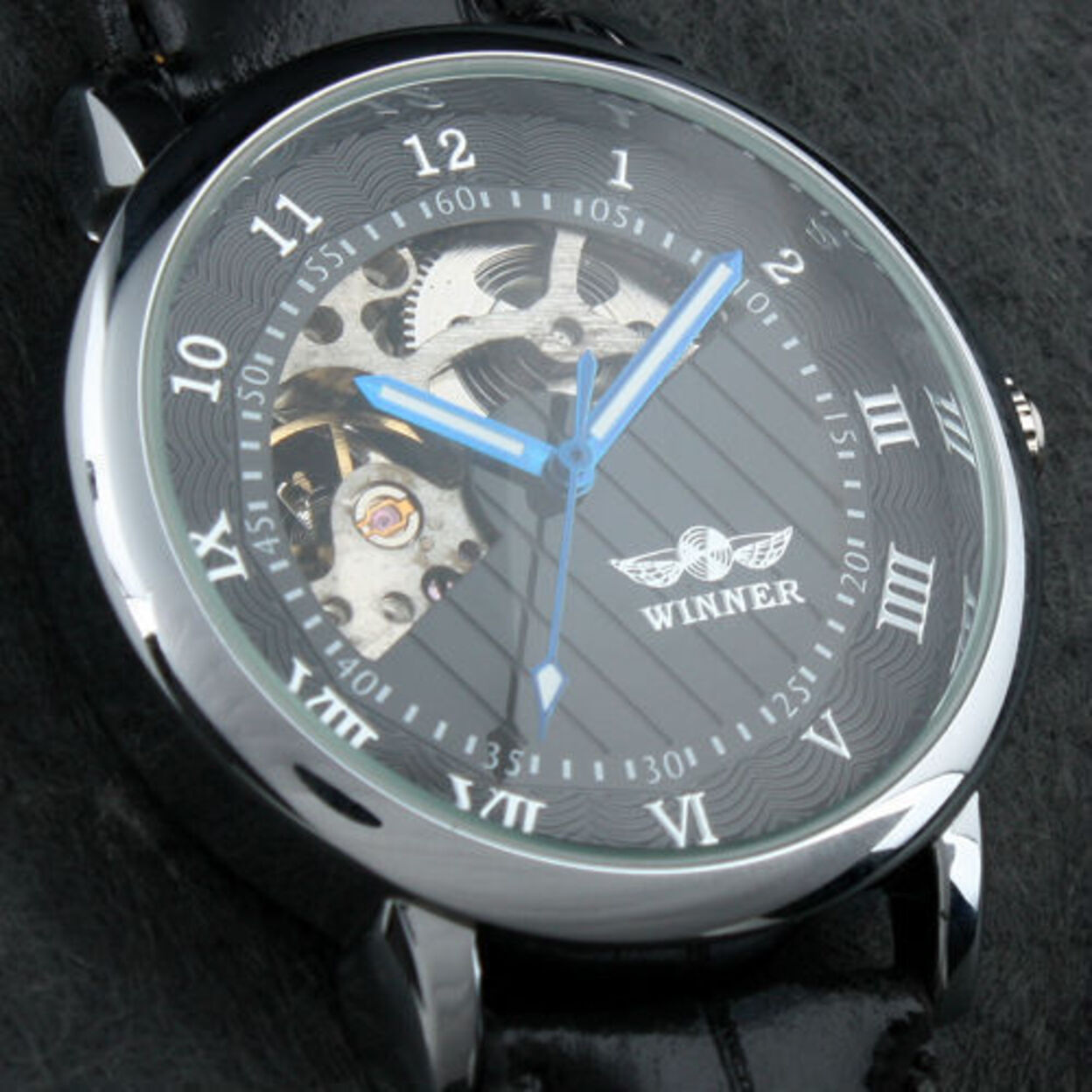Sophisticated In Black Mechanical Skeleton Automatic Watch For Men 546fca98503d6feb21000207