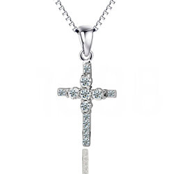 platinum plated diamond studded Cross Pendant Jewelry Necklace