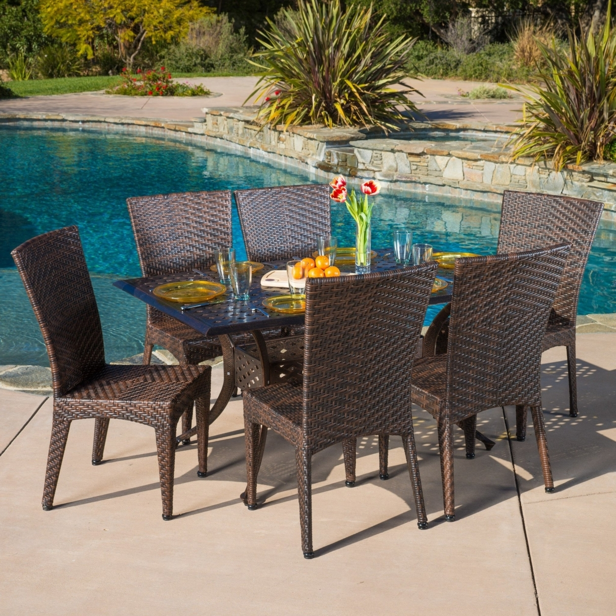Shore Collection Eei-2588-slv-gry-set 5 Pc Outdoor Patio Dining Set With Grey Plastic Wood Paneling  Black Plastic Foot Caps And Anodized Aluminum Frame In