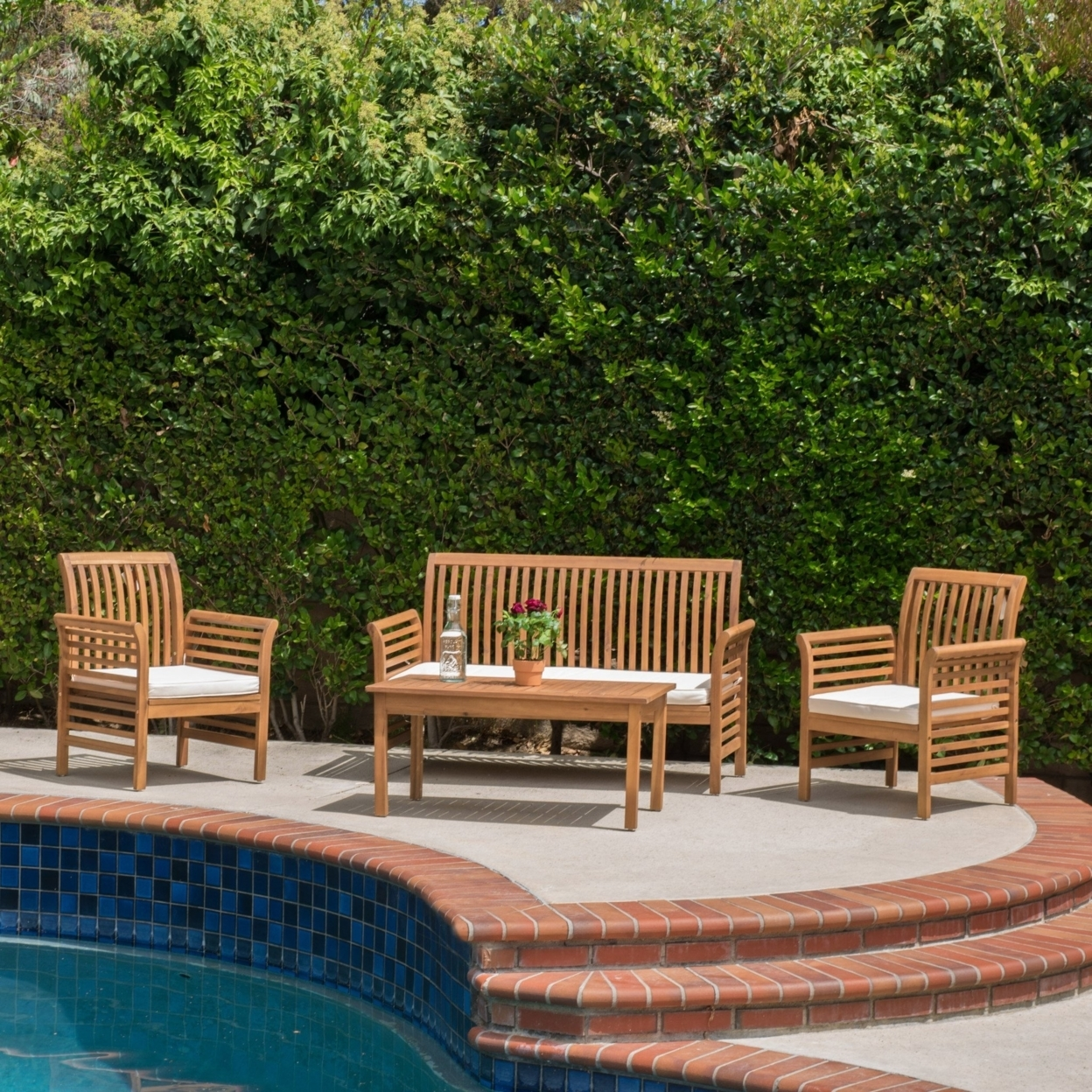 Mondes 4-piece Outdoor Seating Set