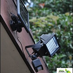 HiLine Products Ultra-Bright Motion-Sensing Wireless Solar Flood Light