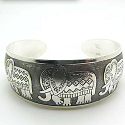 Elephant (Symbol of Strength, Honor, Stability and Patience) Retro Silver Plated Bracelet