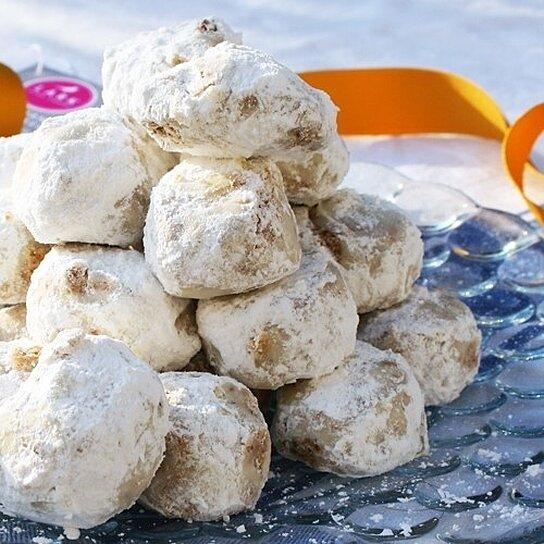 Buy Russian Tea Cakes by Lark Fine Foods by igourmet.com on OpenSky