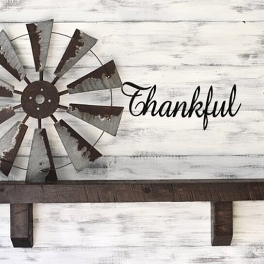 Thankful Sign Metal Word Art Wall Decor Decals Farmhouse Hanging Words