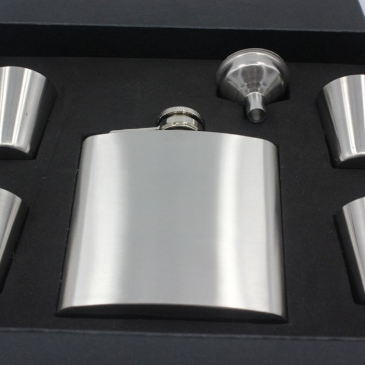 6 oz Flask with Funnel and 4 Shot Glasses, Stainless Steel Hip Flask 59f5f4a62a00e42c690a6f0e