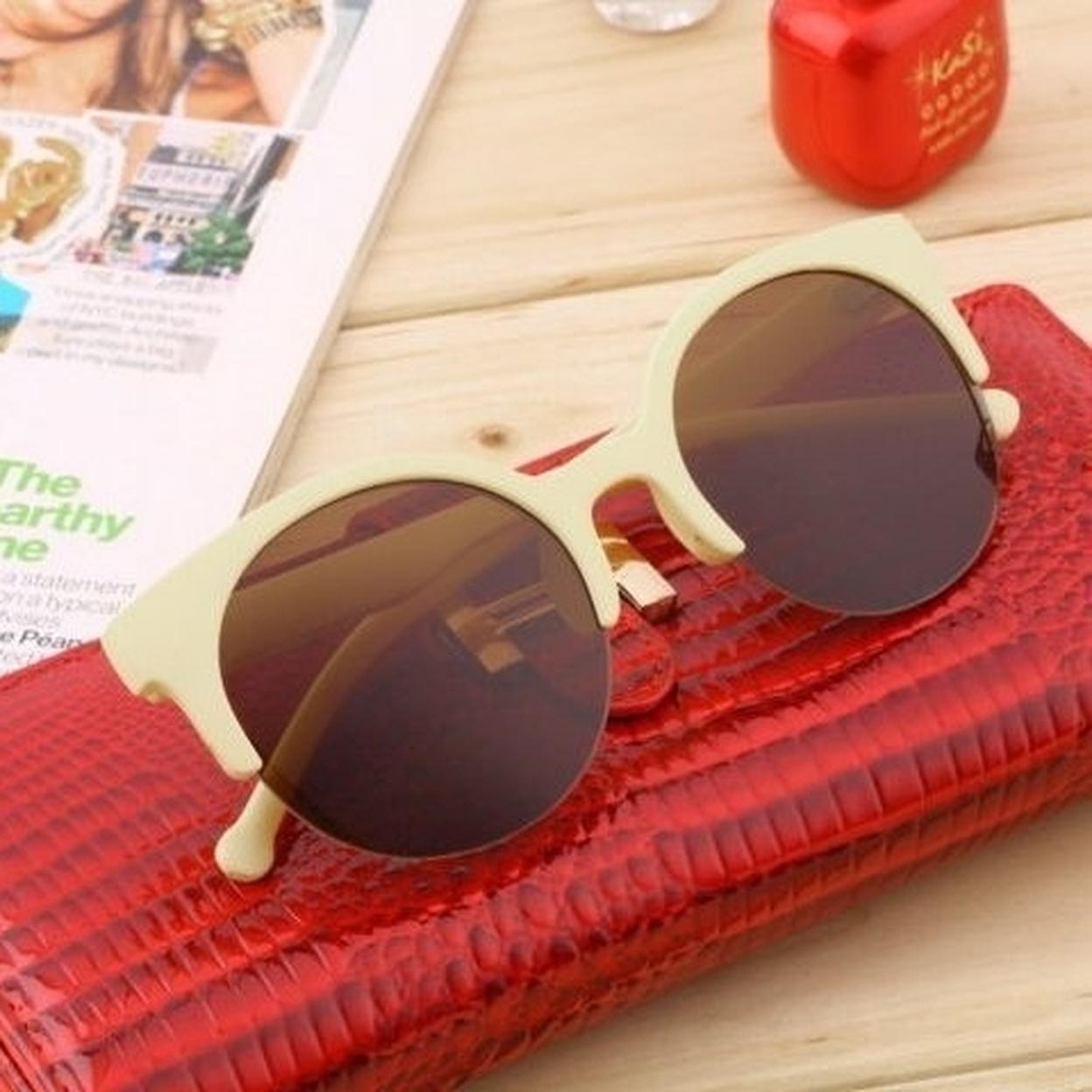 Unisex Round Frame Half Rim Sunglasses Glasses 59f5f4a32a00e42c6a044fe7