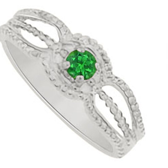 buy unique gift emerald ring in sterling silver