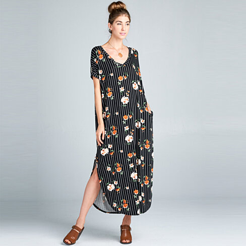 Classic Floral Maxi Dress with Pockets