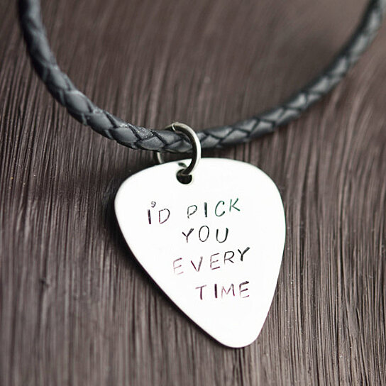 buy valentines gift mens guitar necklace