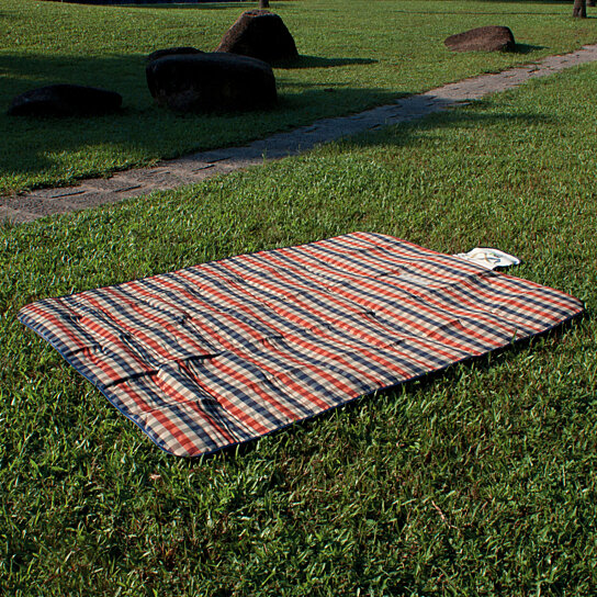 Buy miu color durable 3 layer outdoor camping picnic for Picnic blanket coloring page