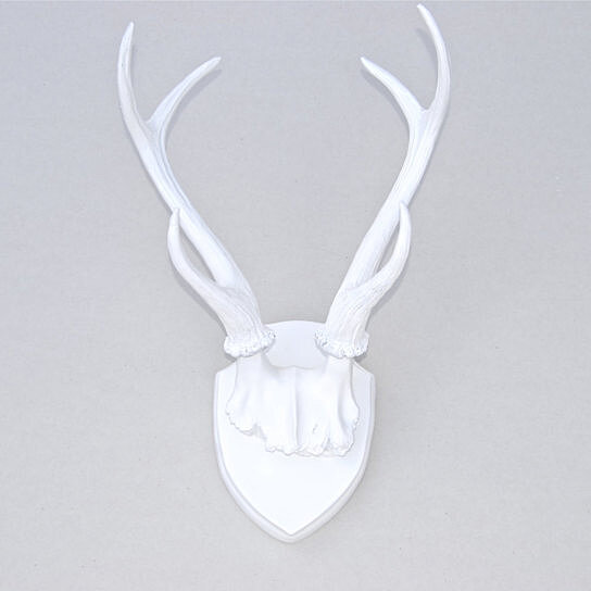 Faux Taxidermy - Deer Antlers - White Resin Antler Mount - HT0101