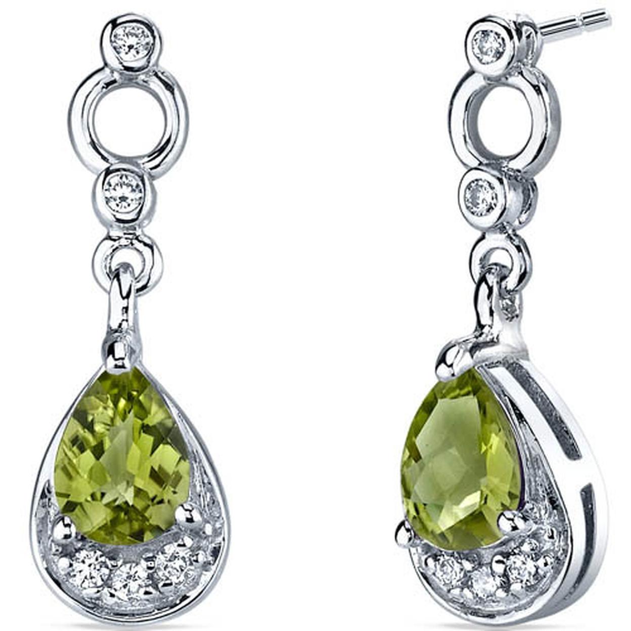 Simply Classy 1.50 Carats Peridot Dangle Earrings In Sterling Silver Style Se7142