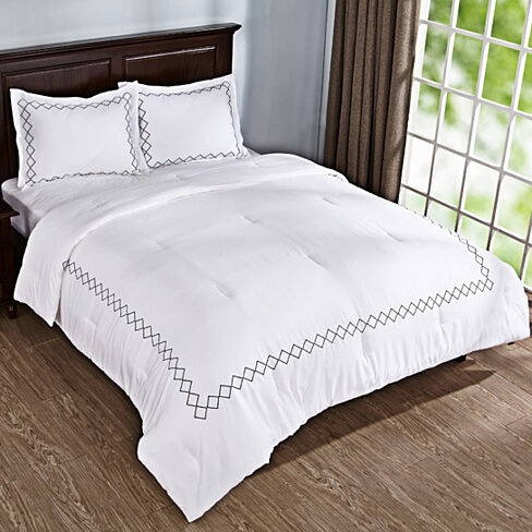 3PCs Down Alternative Comforter Set, Pillow Shams, Diamond Embroidered Pattern, White