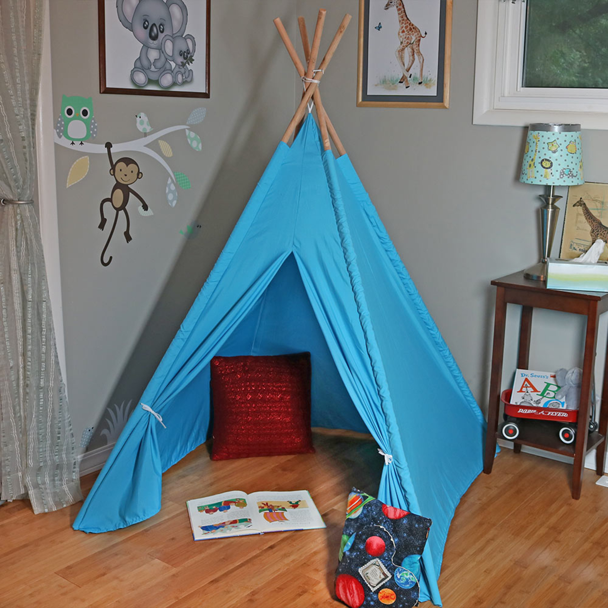Sunnydaze Large Polyester Kids? Teepee Play Tent with Carrying Case, 4-Pole Style, 5-Foot Tall, Multiple Colors 5939560e2a00e426243eef5c