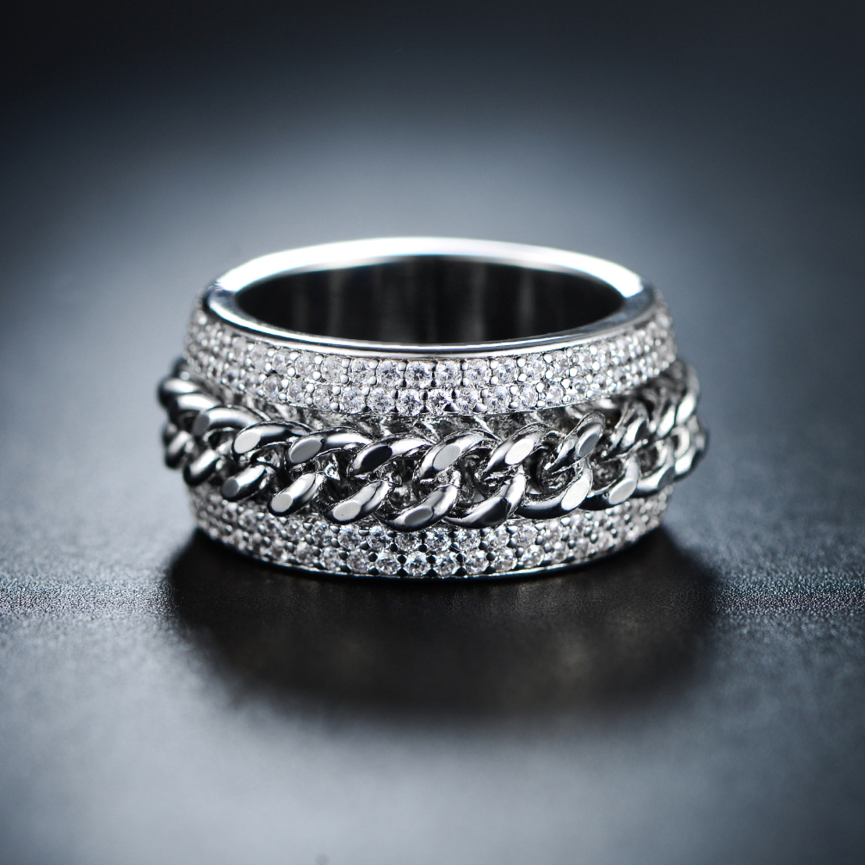 18K White Gold Plated Silver And Swarovski Elements Link Ring - 5