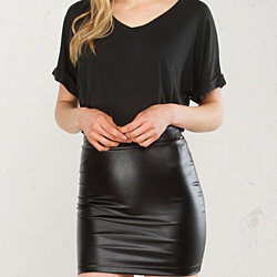 AKIRA CLOSING TIME PLEATHER MINI SKIRT