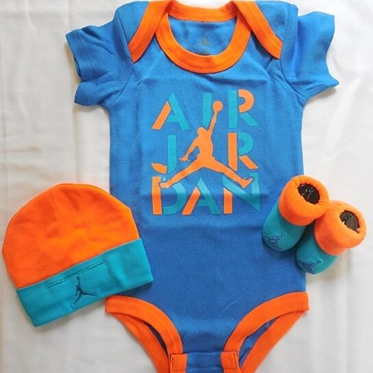 8aaeacfac9e803 Buy NIB Nike Jordan 3 PC Infant Set Cap Bodysuit   Booties Clothes 0-6 MO  by Slytlynutz on OpenSky