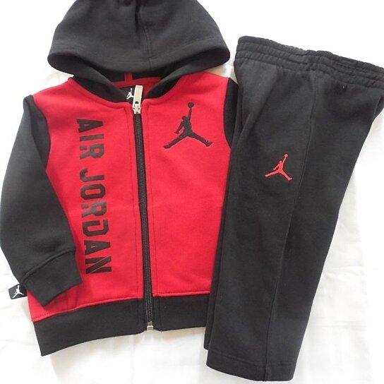 42b30727e9755c Trending product! This item has been added to cart 26 times in the last 24  hours. NWT Nike Jordan 2 PC Set Long Sleeve Hoodie Jacket Sweat Pants ...