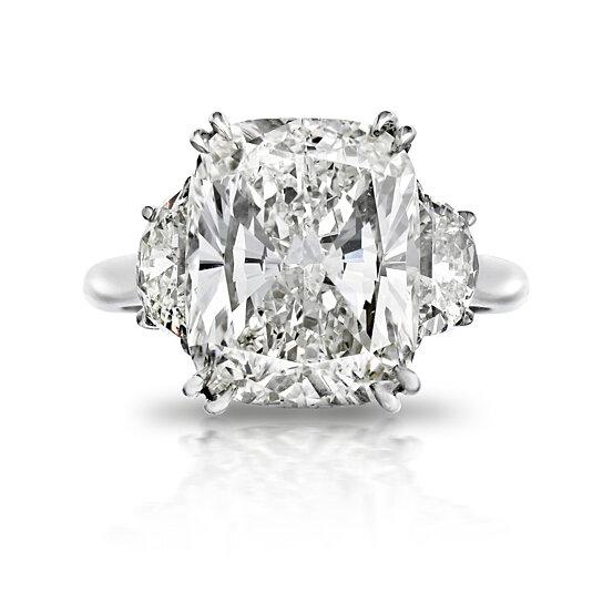 8 Ct Twt Cushion Cut 3 Stone Ring