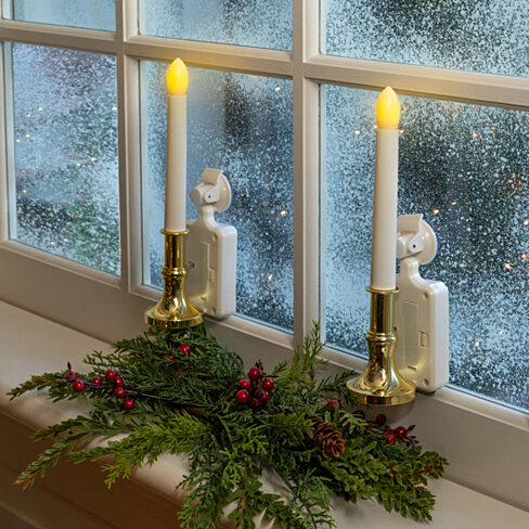 buy 2 pack solar carolite window holiday candle by new product solutions on opensky. Black Bedroom Furniture Sets. Home Design Ideas