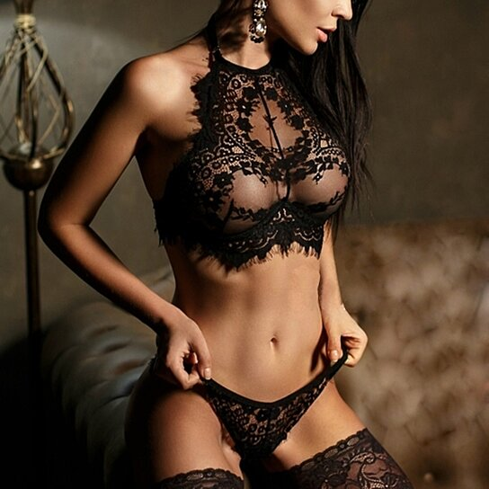 d752dbef83 Trending product! This item has been added to cart 63 times in the last 24  hours. Women Sexy Lingerie Lace Flowers Push Up Top Bra Pants Underwear Set