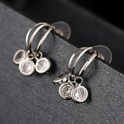 BAO CZ Stone Dangle Earring