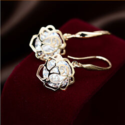 Rose's Luxury -- Earring