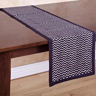 Black and White Zig Zag Table Runner by ZallZo